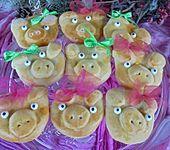 Glücksschweinchen aus Quark - Öl - Teig (Bild)