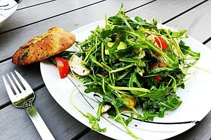 Mango-Avocado-Salat mit Hühnerstreifen, Rucola und Tomaten 13