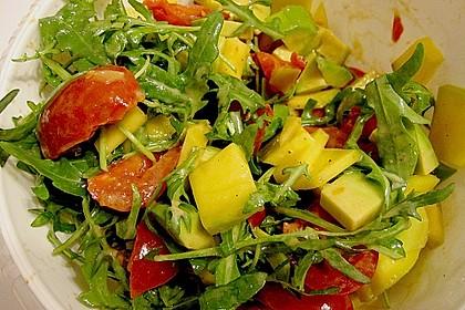 Mango-Avocado-Salat mit Hühnerstreifen, Rucola und Tomaten 12