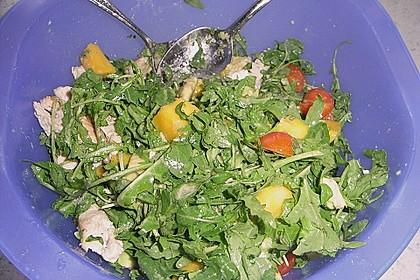 Mango-Avocado-Salat mit Hühnerstreifen, Rucola und Tomaten 61
