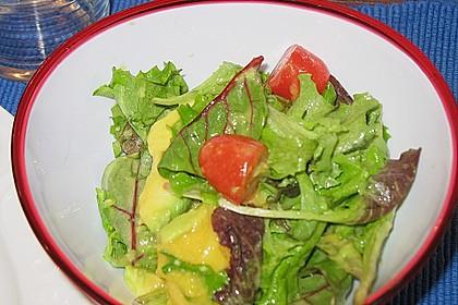 Mango-Avocado-Salat mit Hühnerstreifen, Rucola und Tomaten 60