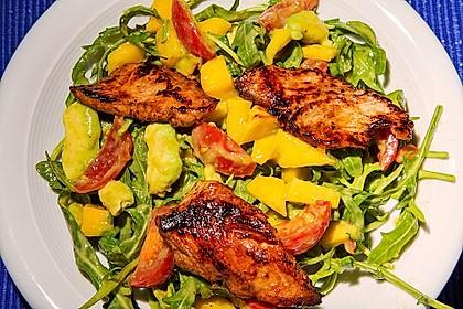 Mango-Avocado-Salat mit Hühnerstreifen, Rucola und Tomaten 4