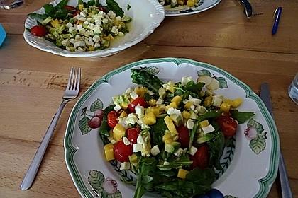 Mango-Avocado-Salat mit Hühnerstreifen, Rucola und Tomaten 25