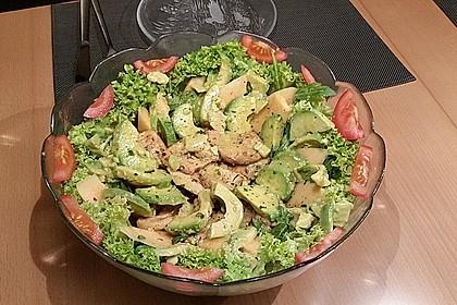 Mango-Avocado-Salat mit Hühnerstreifen, Rucola und Tomaten 55