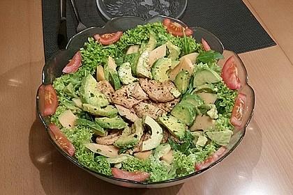 Mango-Avocado-Salat mit Hühnerstreifen, Rucola und Tomaten 36