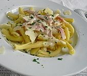 Käse - Schinken - Sauce zu Nudeln (Bild)