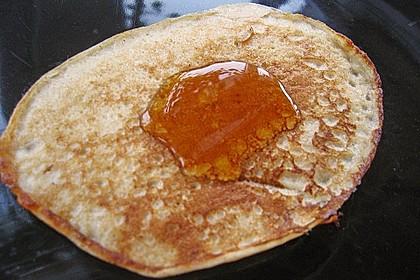 Pfannkuchen mit Joghurt und Ahornsirup 7