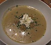 Grünkernmehlsuppe mit Butterklößchen (Bild)