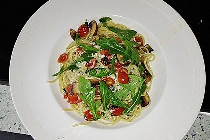 Spaghetti mit Ziegenkäse und Kirschtomaten 1