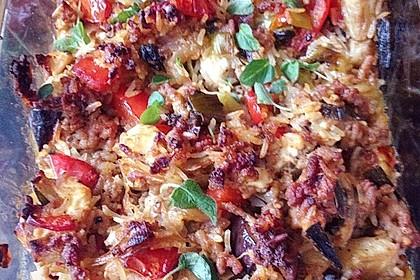 Mediterraner Auflauf mit Hackfleisch, Reis und Schafskäse 2