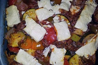 Mediterraner Auflauf mit Hackfleisch, Reis und Schafskäse 3