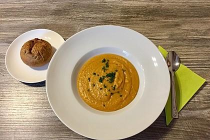 Leckere Kartoffel - Möhren - Suppe 8