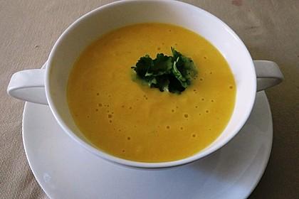 Leckere Kartoffel - Möhren - Suppe 4