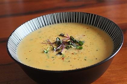Leckere Kartoffel - Möhren - Suppe 2