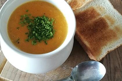 Leckere Kartoffel - Möhren - Suppe 18