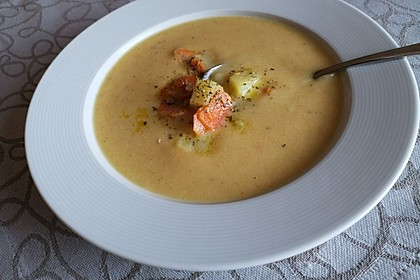 Leckere Kartoffel - Möhren - Suppe 21