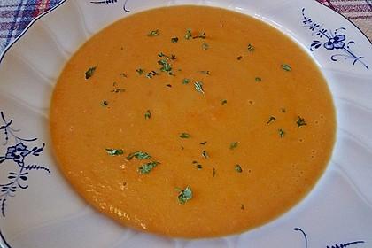 Leckere Kartoffel - Möhren - Suppe 14