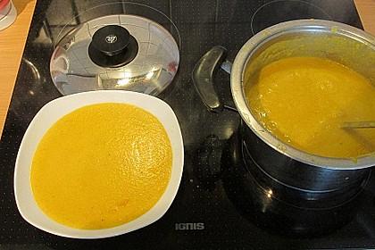 Leckere Kartoffel - Möhren - Suppe 46