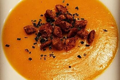Leckere Kartoffel - Möhren - Suppe 5