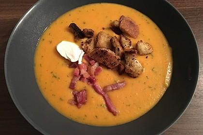 Leckere Kartoffel - Möhren - Suppe 10