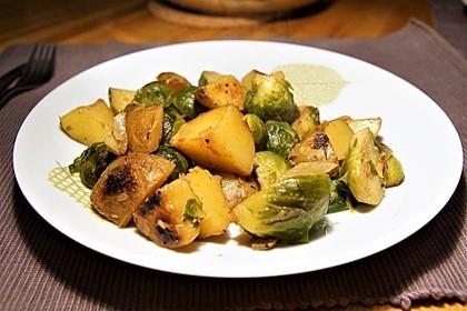 Kartoffel-Rosenkohl-Pfanne 6