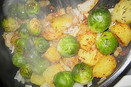 Kartoffel-Rosenkohl-Pfanne 11