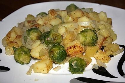 Kartoffel-Rosenkohl-Pfanne 13