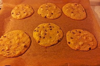 White Chip Macadamia Nut Cookies 1