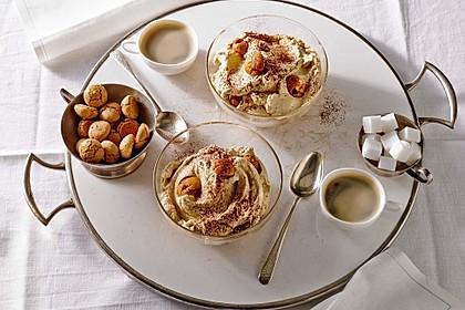 Mascarpone-Kaffeecreme mit Amaretti