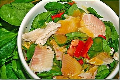 Feldsalat mit Räucherforelle oder anderem Räucherfisch 4