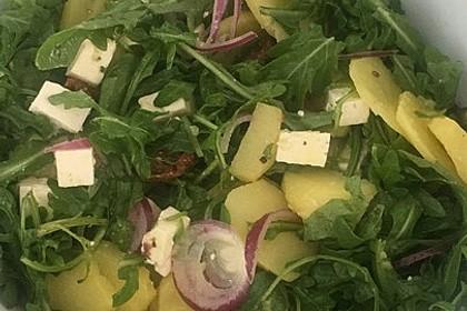 Kartoffelsalat mit Rucola und Schafskäse 17