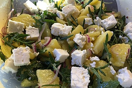 Kartoffelsalat mit Rucola und Schafskäse 7