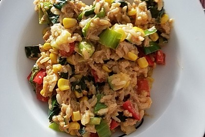 Gemüse - Reispfanne mit Thunfisch (Bild)