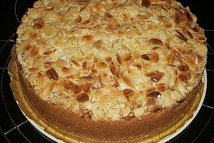 Ultra saftiger Apfelkuchen mit Streuseln 2