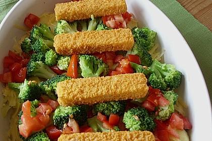 Schneller  Brokkoli - Kartoffel - Auflauf mit Fischstäbchen 1