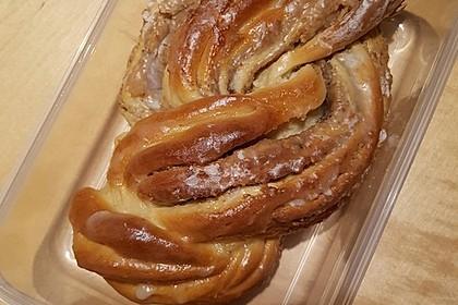 Nusszopf (Rezept von einem Bäckermeister) 31