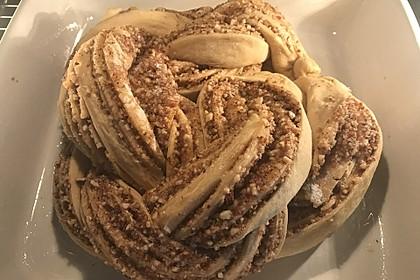 Nusszopf (Rezept von einem Bäckermeister) 26