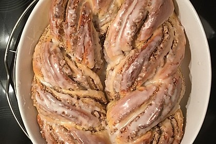 Nusszopf (Rezept von einem Bäckermeister) 29