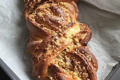 Nusszopf (Rezept von einem Bäckermeister) 13