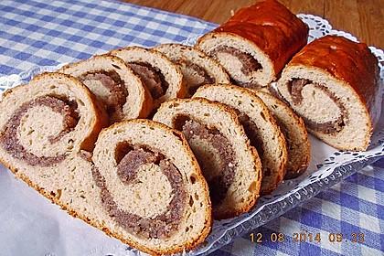 Nusszopf (Rezept von einem Bäckermeister) 7