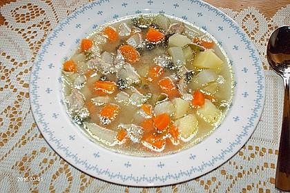 Gemüsesuppe mit Fleischeinlage