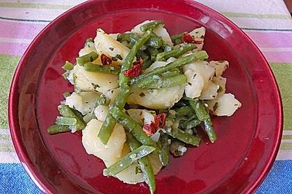 Libanesischer Kartoffelsalat würzig - pikant 10