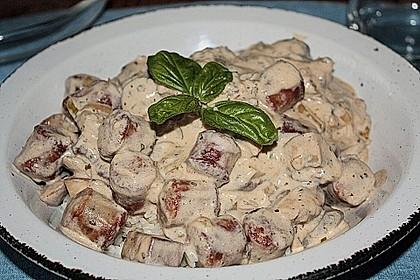 Reispfanne mit Champignons und grober Bratwurst 3