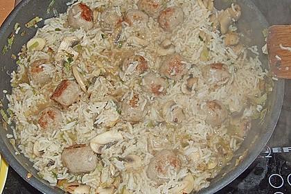 Reispfanne mit Champignons und grober Bratwurst 4