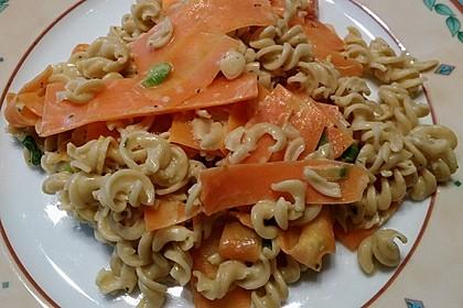 Möhren-Spaghetti (Bild)
