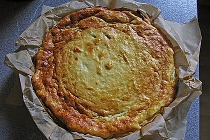 Quarkkuchen mit Obst (z.B. Kirschen und Pfirsiche) vom Blech 1