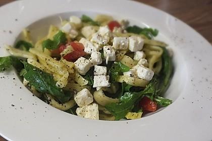 Nudelsalat mit Rucola und Tomaten 1