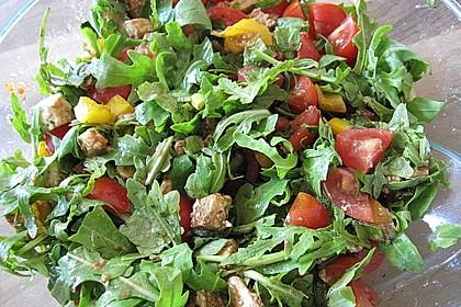 Nudelsalat mit Rucola und Tomaten 2