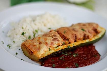 Gefüllte Zucchini mit Hackfleisch und Käse 1