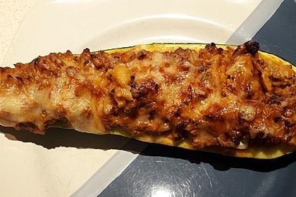 Gefüllte Zucchini mit Hackfleisch und Käse 5